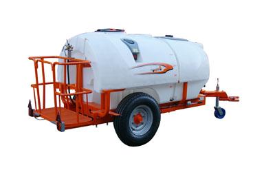 pulverizadores-arrastrados-a-tractor-1